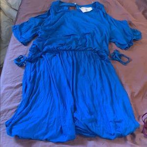Ann Taylor Loft NWT size Large blue waist tie 60$
